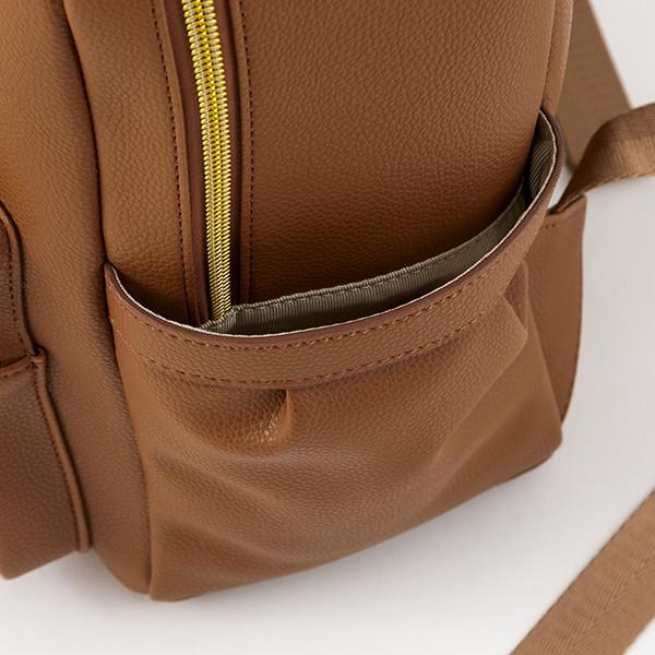 アメリカモデルのバッグ。