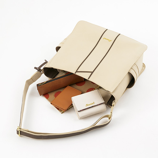 ロシアモデルのバッグ。