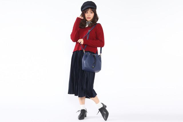 イタリアモデルのバッグの使用例。