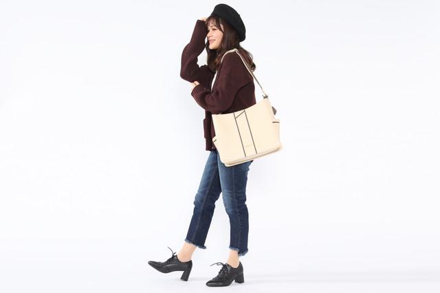 ロシアモデルのバッグの使用例。