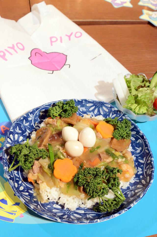 「『めぞん一刻』響子さんのレバニラ中華丼」