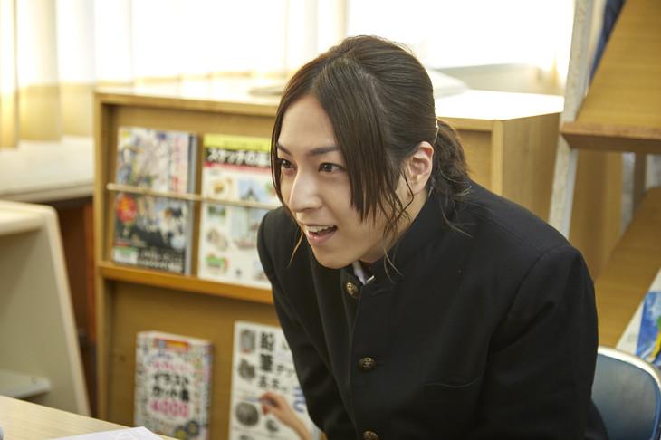 実写パートに出演した蒼井翔太。