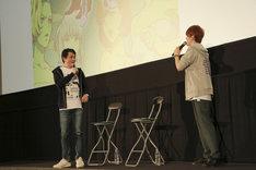 「『DOUBLE DECKER! ダグ&キリル』トークショー付きEXTRA一挙上映会」の様子。左から三上哲、天崎滉平。