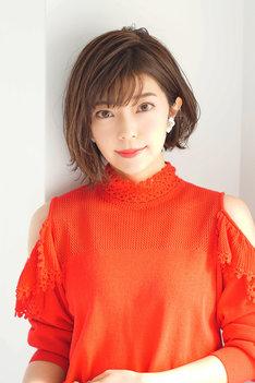 三田亜里沙役の伊瀬茉莉也。
