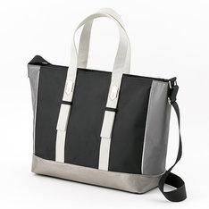 キリトモデルのバッグ。