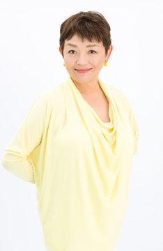 仁科静音役の>藤田弓子。