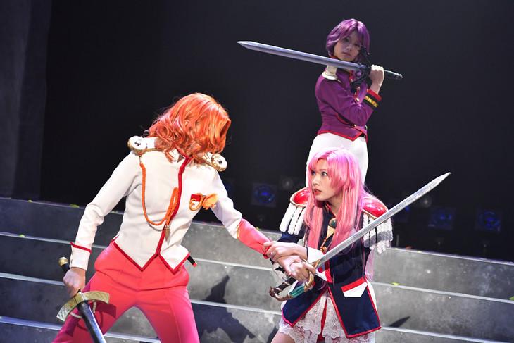 ミュージカル「少女革命ウテナ~深く綻ぶ黒薔薇の~」より。