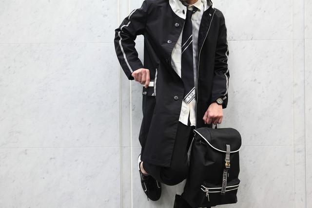TVアニメ「ソードアート・オンライン アリシゼーション」コラボアイテムの着用イメージ。