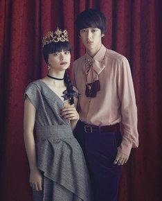 SPUR9月号より。photography:Osamu Yokonami  model:Asahi Ito,Mari Fukushi