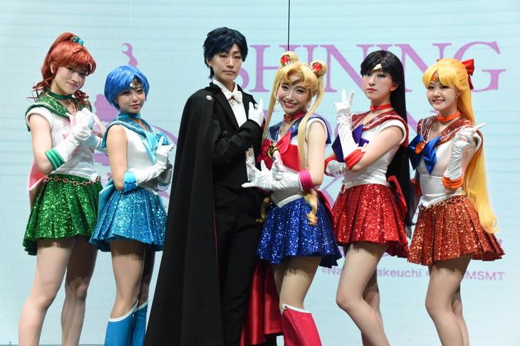 「美少女戦士セーラームーン -SHINING MOON TOKYO-」のショーキャストたち。