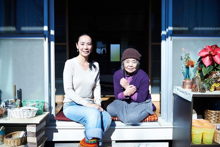 左から河瀬直美監督、樹木希林。(c)2015映画『あん』製作委員会/COMMEDESCINEMAS/TWENTYTWENTYVISION/ZDF-ARTE