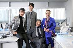 2015年4月に行われた「さらば あぶない刑事」の撮影に集まったメインキャストの4人。左から柴田恭兵、仲村トオル、舘ひろし、浅野温子。