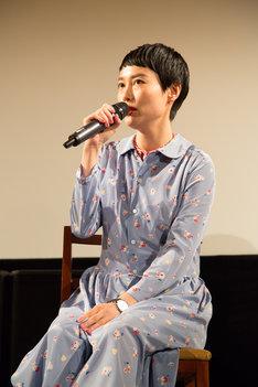 2015年5月28日「THE COCKPIT」のイベントに登壇した菊地凛子。