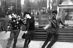 「はなればなれに」 (c)1964 Gaumont – Orsay Films