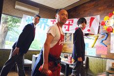 「映画 みんな!エスパーだよ!」 (c)若杉公徳/講談社 (c)2015「映画 みんな!エスパーだよ!」製作委員会