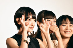 左から生駒里奈、前田希美、今井麻美。