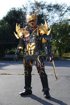 「ドライブサーガ 仮面ライダーチェイサー」より、超魔進チェイサー。