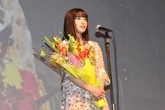 最優秀新進女優賞を受賞した広瀬すず。