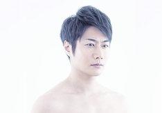 連続ドラマW「東野圭吾 カッコウの卵は誰のもの」より、戸次重幸。