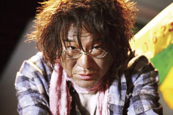 「ヒーローマニア-生活-」でホームレス・宇野を演じた船越英一郎。