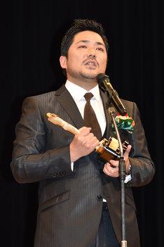 新人男優賞に輝いた篠原篤。