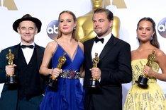 左からマーク・ライランス、ブリー・ラーソン、レオナルド・ディカプリオ、アリシア・ヴィキャンデル。(写真提供:Getty Images)