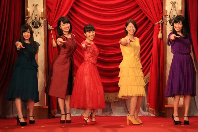 人気画像5位は「ももクロ、野田洋次郎ら『日本アカデミー賞』授賞式に登壇」より、ももいろクローバーZ。