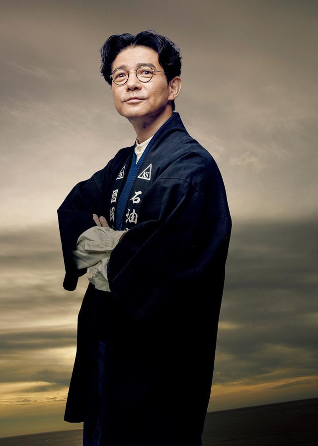 東雲忠司役の吉岡秀隆。