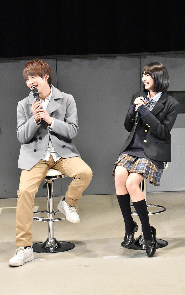 藤田富(左)と武田玲奈(右)。