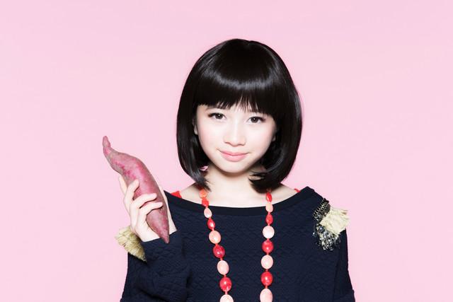 「にがくてあまい」青井ミナミ役の桜田ひより。