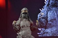 「S.H.MonsterArts ゴジラシリーズ」発表会に登場したゴジラ。