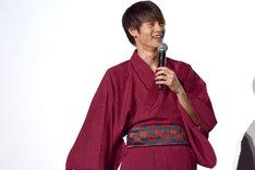藤ヶ谷太輔にツッコまれて笑う窪田正孝。