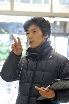 佐藤信介監督