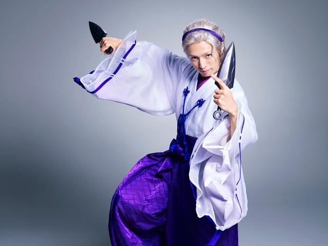 金城白子に扮する桐山漣。