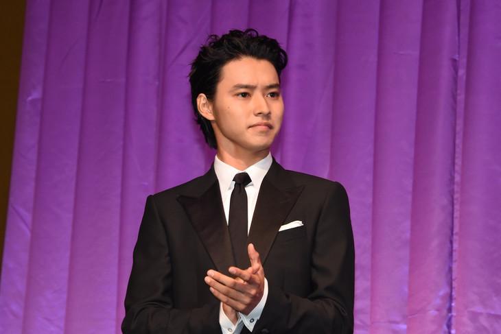 「ジョジョの奇妙な冒険 ダイヤモンドは砕けない 第一章」製作発表会見より、山崎賢人。