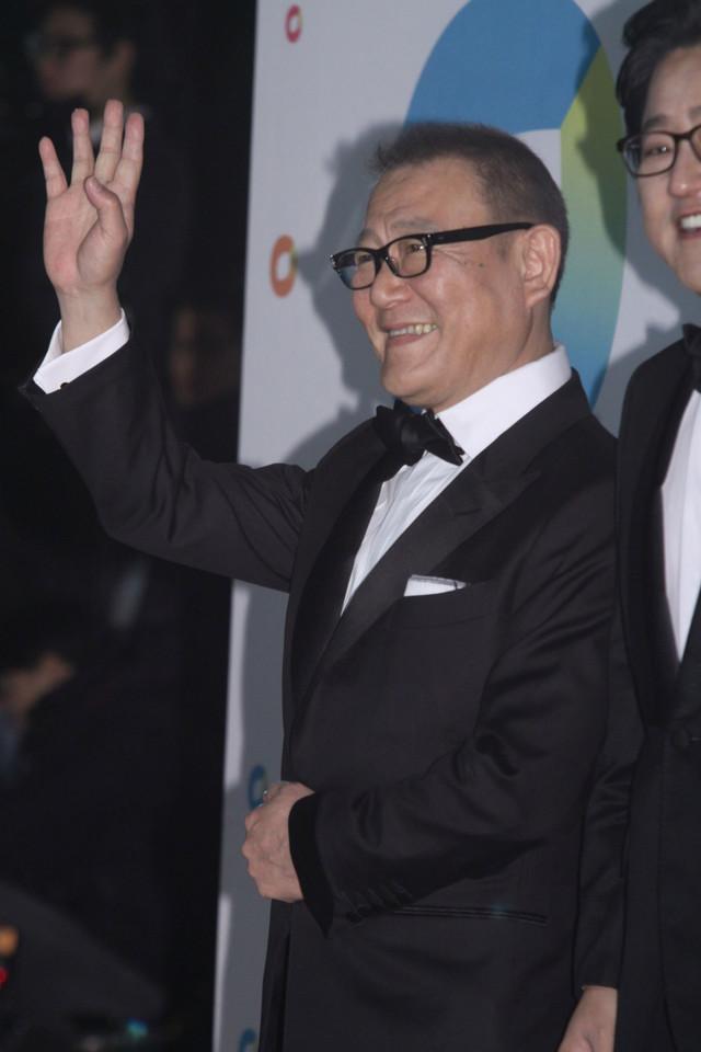 青龍映画賞を受賞した國村隼。