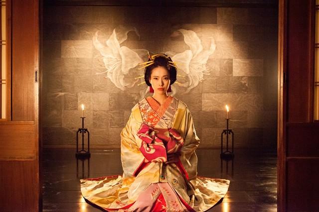 戸田恵梨香演じる乙橘槇絵。