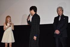 「劇場版 ソードアート・オンライン -オーディナル・スケール-」初日舞台挨拶の様子。