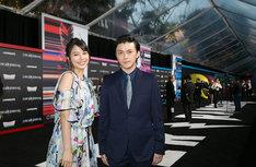 「パワーレンジャー」ワールドプレミアに参加した広瀬アリス(左)、勝地涼(右)。