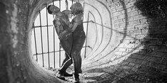 """「地下水道」 (c)STUDIO FILMOWE """"KADR"""""""