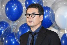 2017年4月17日、「映画 夜空はいつでも最高密度の青色だ」完成披露での田中哲司。