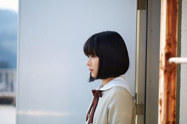 「心が叫びたがってるんだ。」より、芳根京子演じる成瀬順。