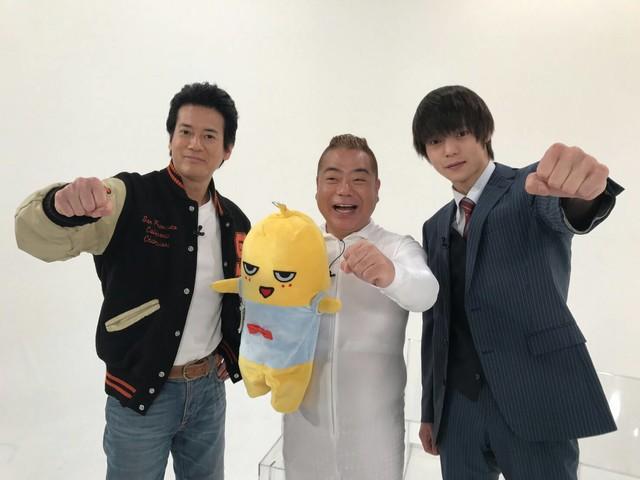 左から唐沢寿明、出川哲朗、窪田正孝。