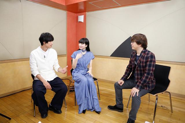 左から福士蒼汰、小松菜奈、三木孝浩。