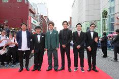 Netflixオリジナルドラマ「Jimmy ~アホみたいなホンマの話~」のキャストたち。(c)2017 YD creation