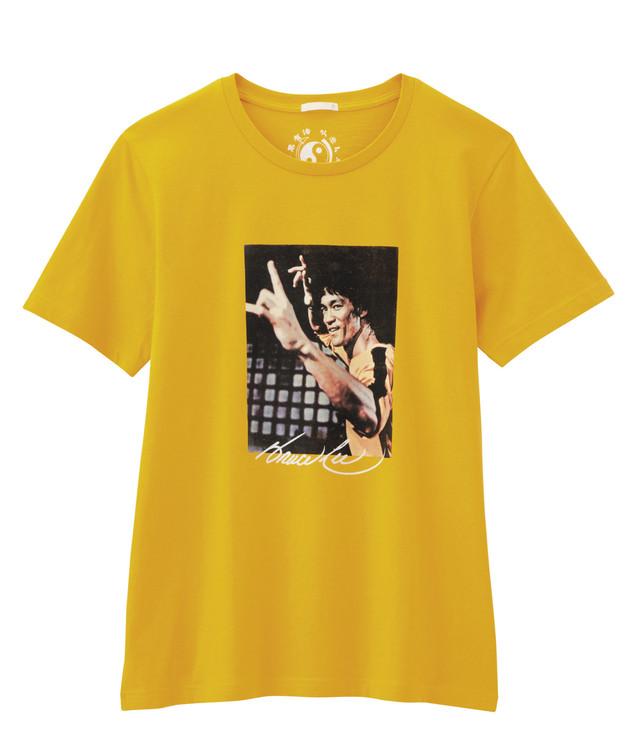 GU「ブルース・リー」コラボTシャツ(853円)