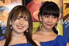 左から佐武宇綺(9nine)、西脇彩華(9nine)。