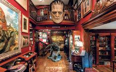 「ギレルモ・デル・トロの怪物の館 映画・創作ノート・コレクションの内なる世界」より。
