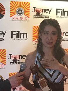 マドリード国際映画祭のアワードナイトに出席した鈴木紗理奈。
