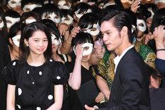 「東京喰種 トーキョーグール」公開直前イベント。左から桜田ひより、窪田正孝。